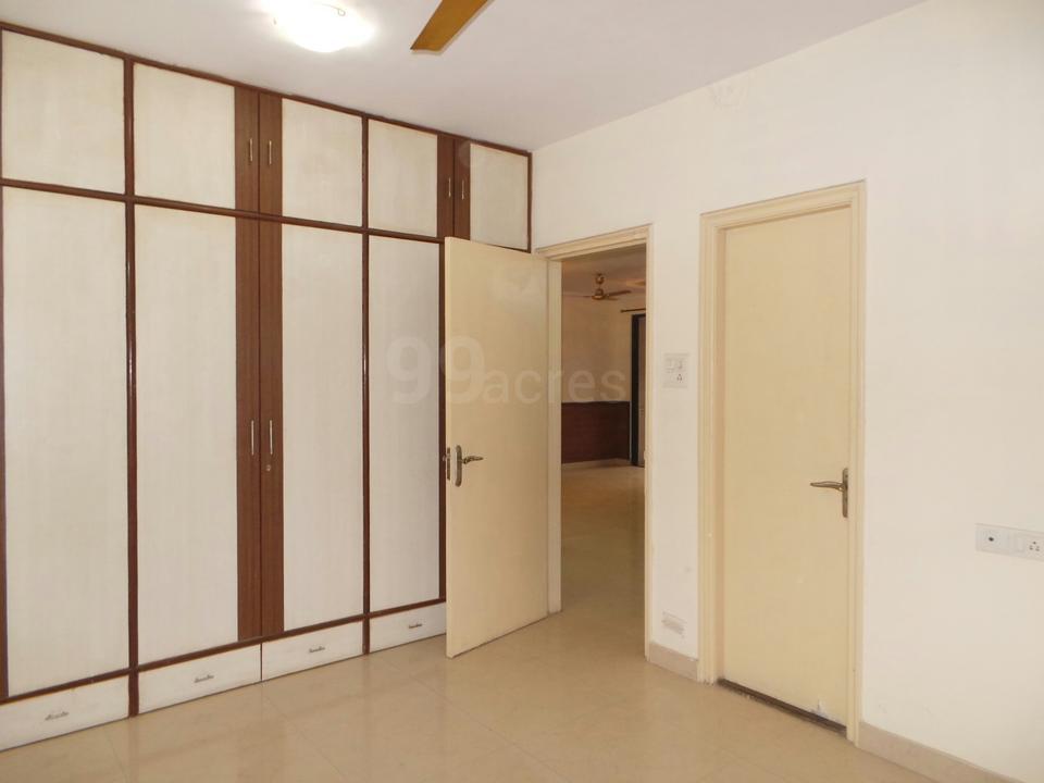 Commercial Flats for Sale in Lakshchandi Heights Gokuldham, Goregaon-West, Mumbai