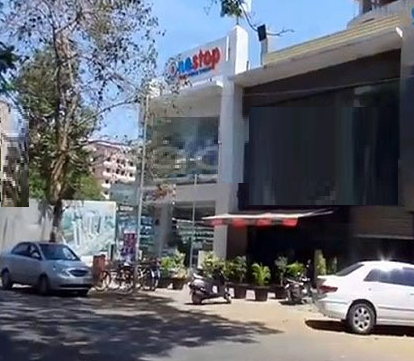 Commercial Shops for Rent in Commercial showroom For Rent in Shimpoli Road, , Borivali-West, Mumbai