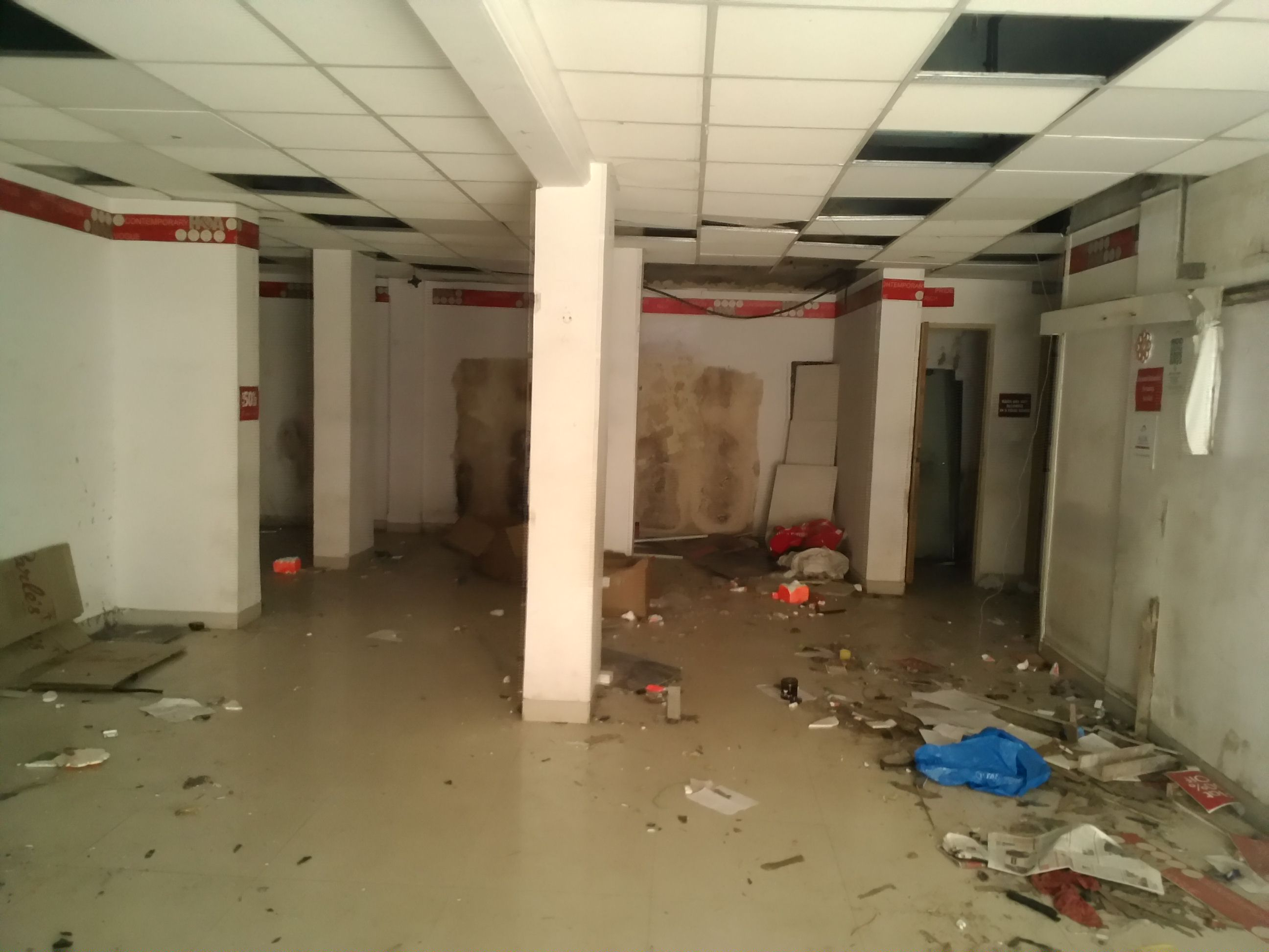 Commercial Shops for Rent in Commercial Shop For Rent in Dombivli Phadake Road, Dombivli-West, Mumbai