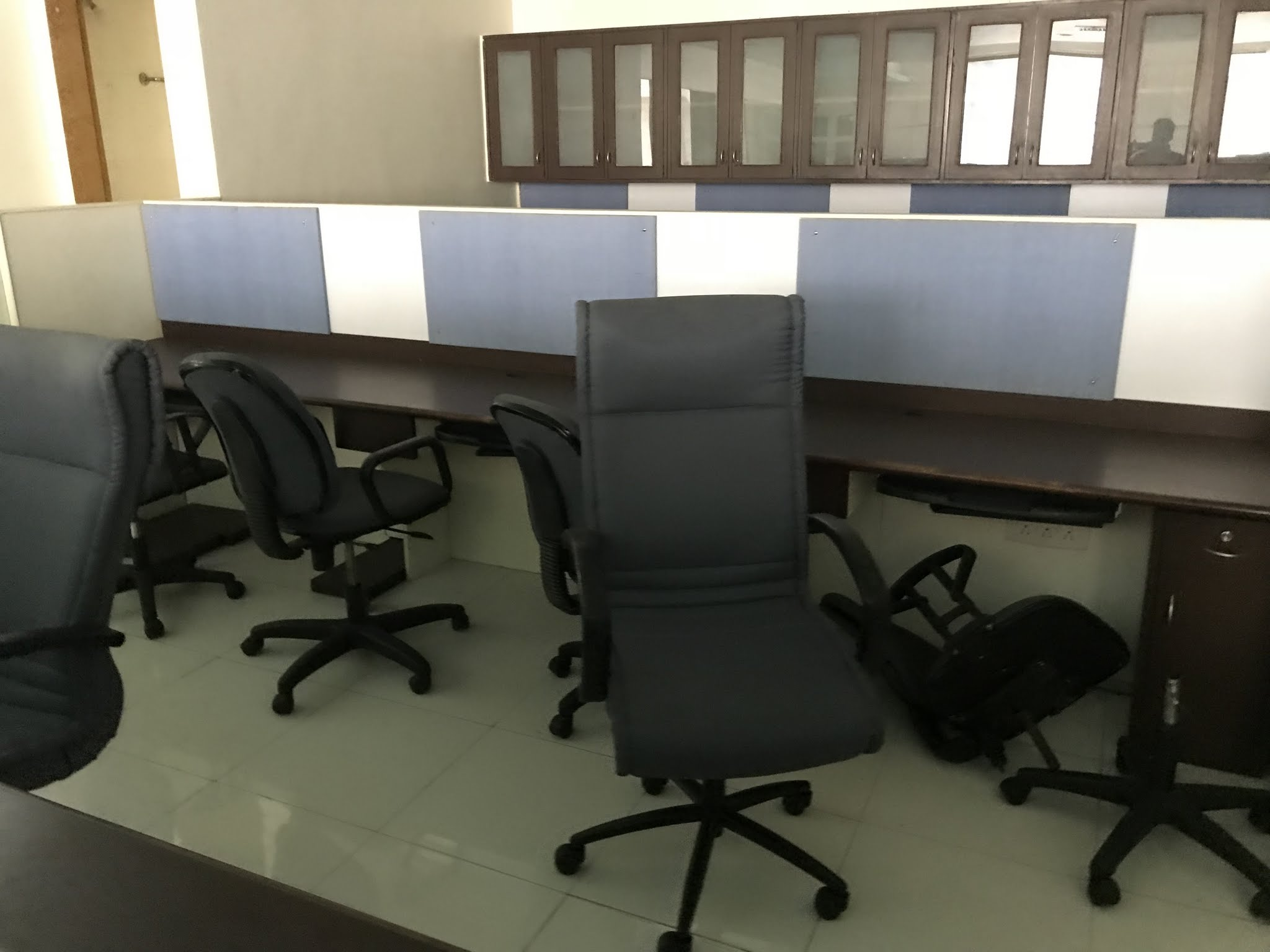 Commercial Office Space for Sale in Ulhasnagar , Ulhasnagar-West, Mumbai