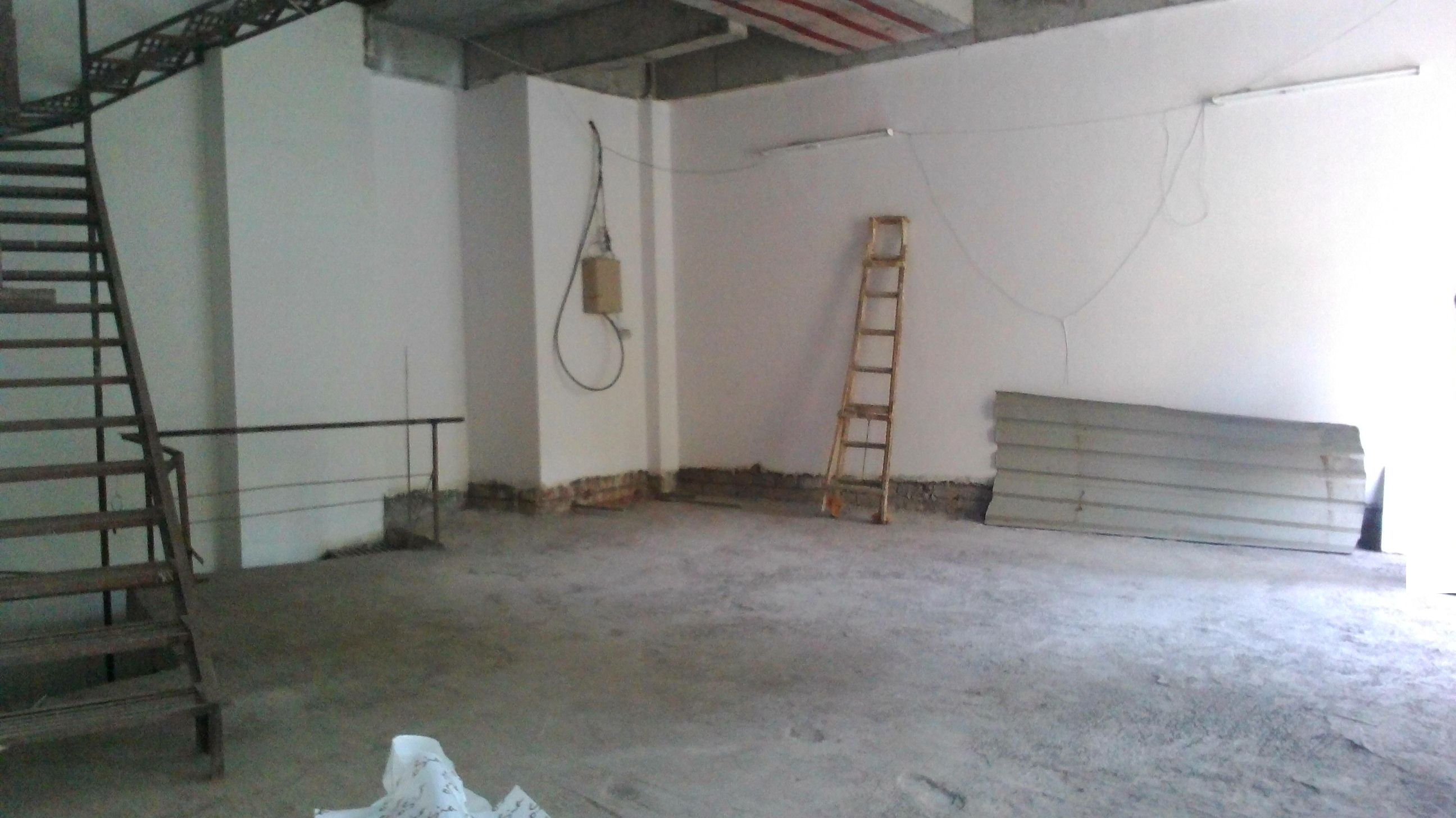 Commercial Shops for Rent in Commercial Shop For Rent in S.V.Road, , Borivali-West, Mumbai