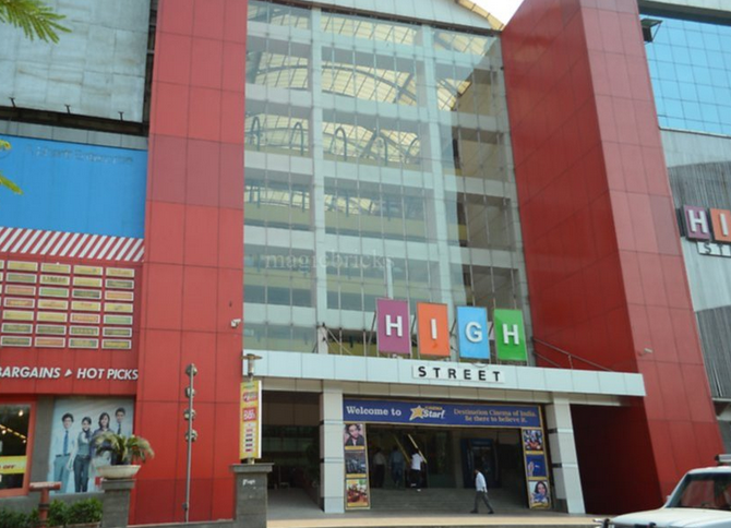 Commercial Office Space for Sale in High Street Mall, Kapurbawadi Near Big Bazzar,, Thane-West, Mumbai