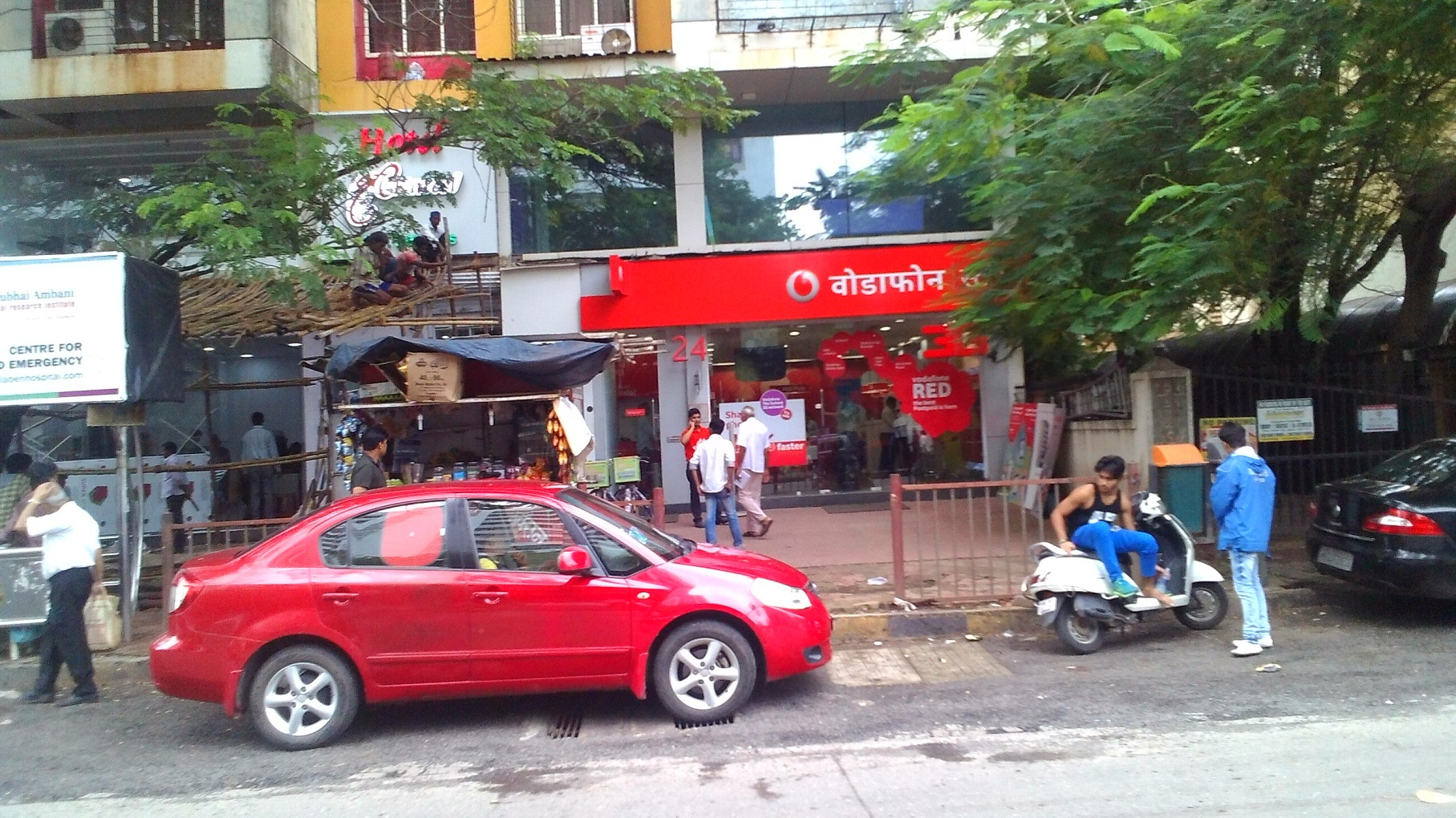 Commercial Shops for Rent in Commercial shop for Rent in 4 Bunglow, , Andheri-West, Mumbai